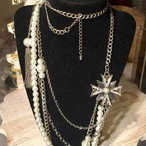 White Faux Pearl And Chains Necklace